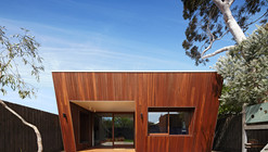 Thornbury House / Mesh Design