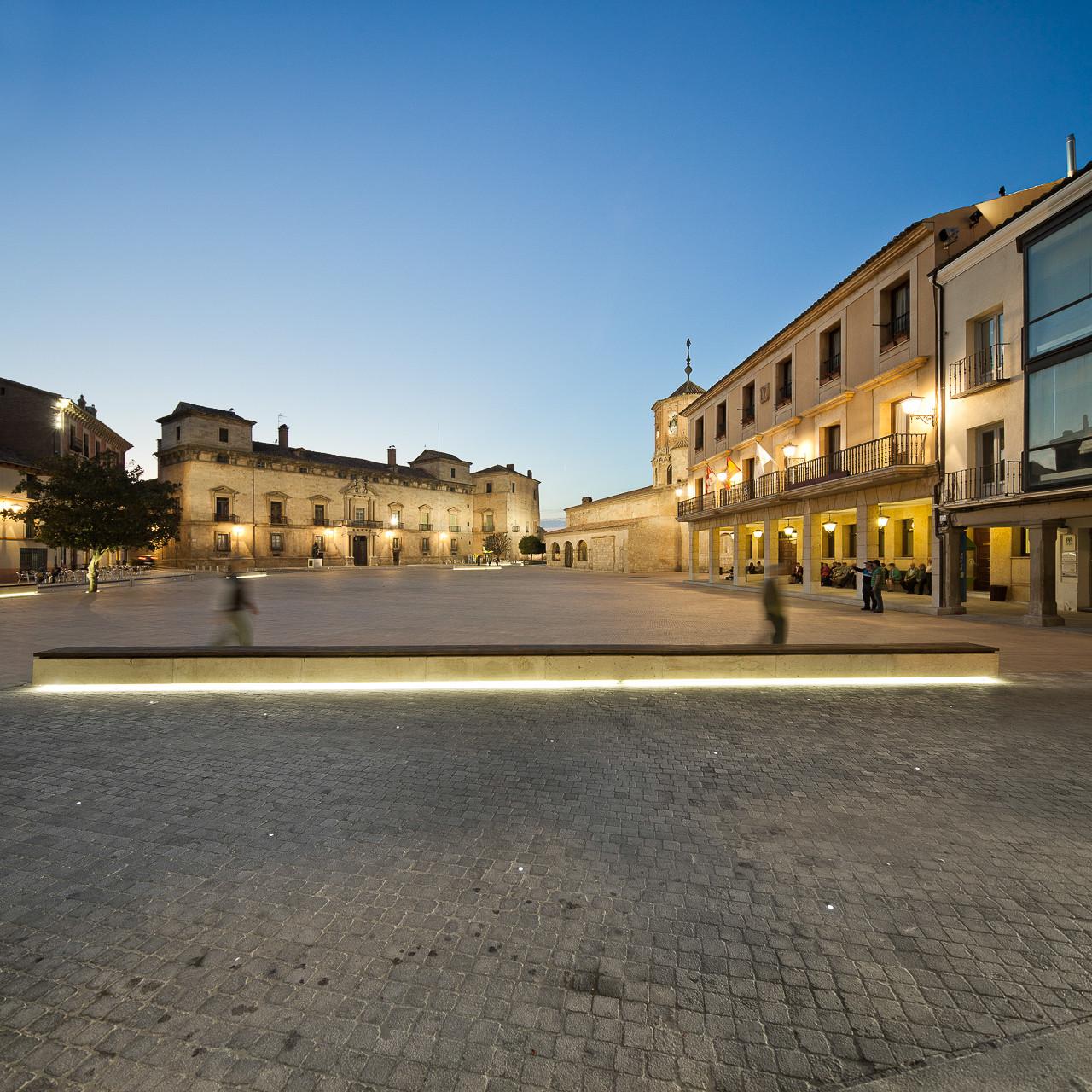 Proyecto de Iluminación: Remodelación de la Plaza Mayor de Almazán por CH+QS arquitectos, © Cortesía de CH+QS arquitectos
