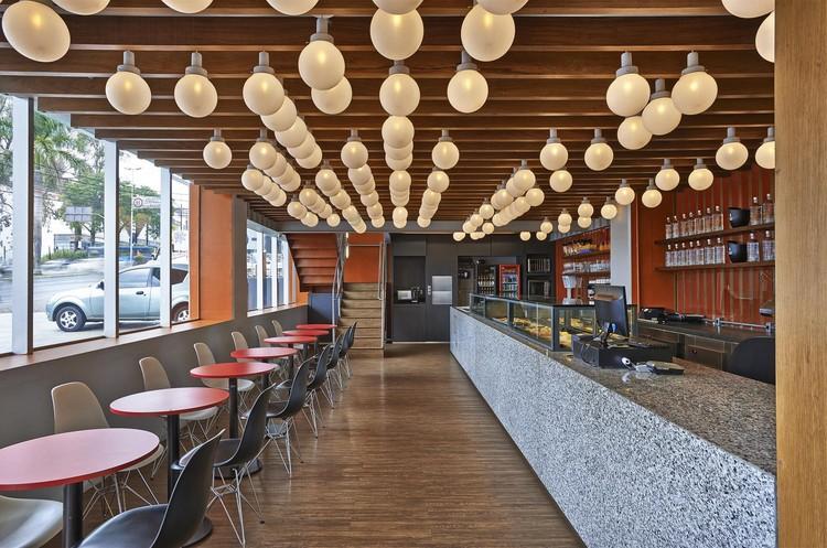Pizzería y Café Marília / David Guerra, © Jomar Bragança