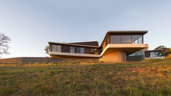 High Country House / Luigi Rosselli Architects