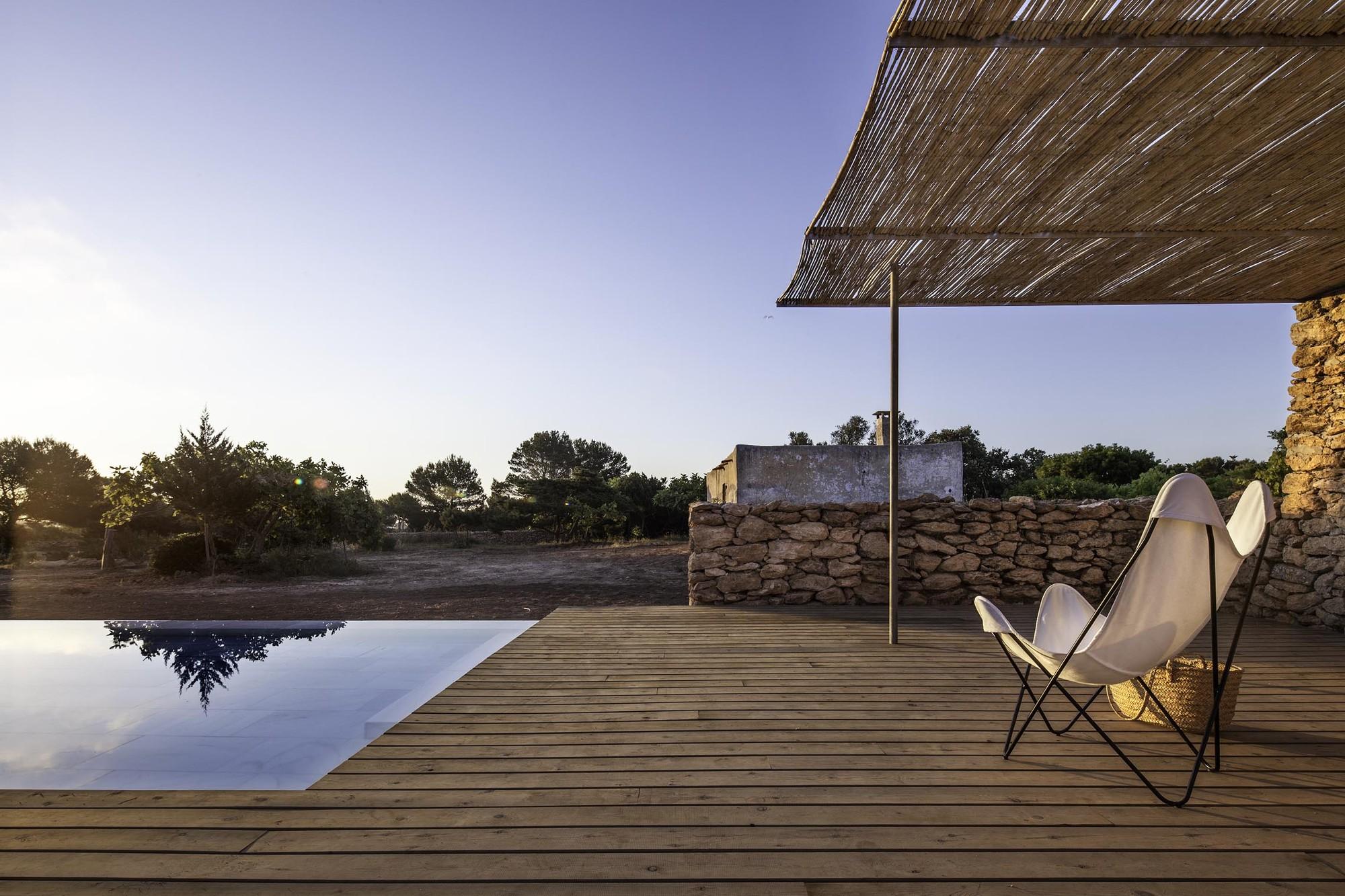 Galer a de arquitectura y paisaje piscina en formentera for Piscina walker martinez