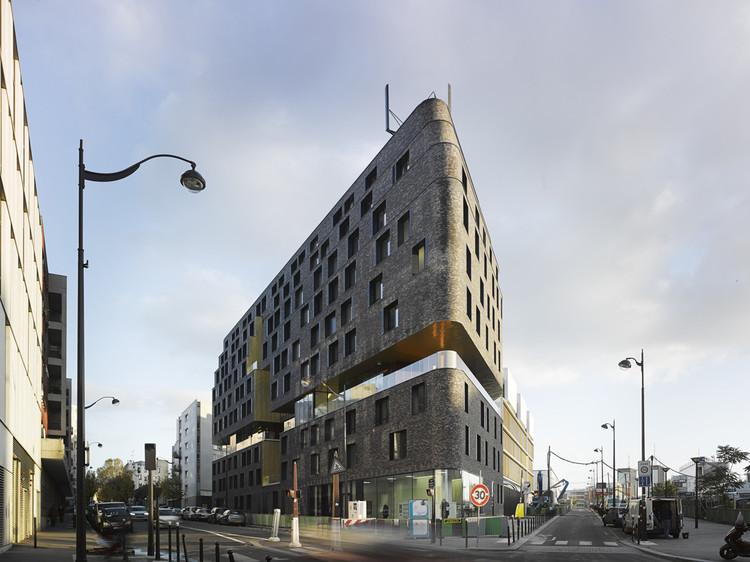 Guardería y Hostal para Empleados Jóvenes / Chartier Dalix Architectes + Avenier Cornejo Architectes, © David Foessel