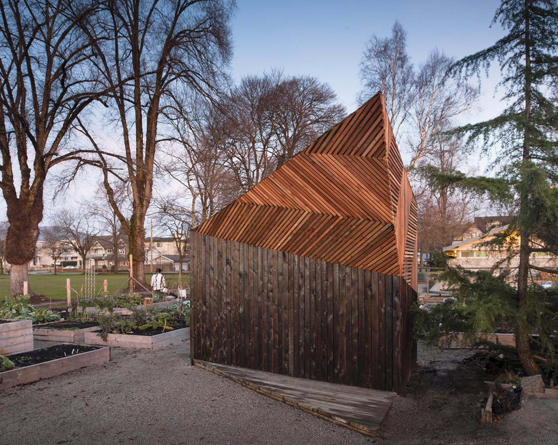 Woodlands Community Garden Shed / Brendan Callander + Jason Pielak  + Stella Cheung-Boyland, © Dave Delnea Images