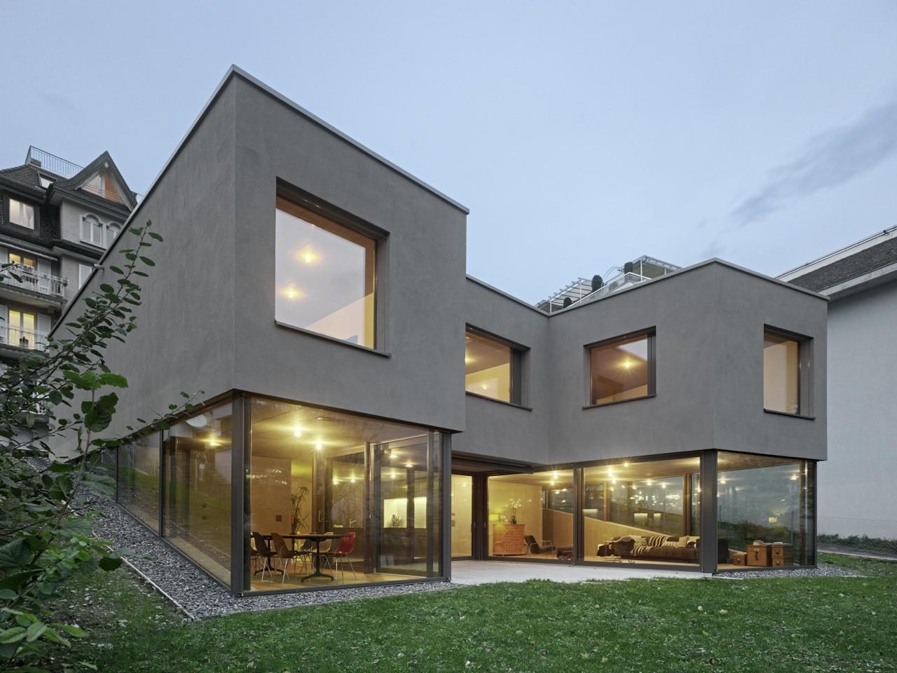 Casa no rio reuss dolmus architects archdaily brasil - Casas estrechas y largas ...