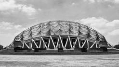 Clássicos da Arquitetura: Palácio dos Esportes / Félix Candela