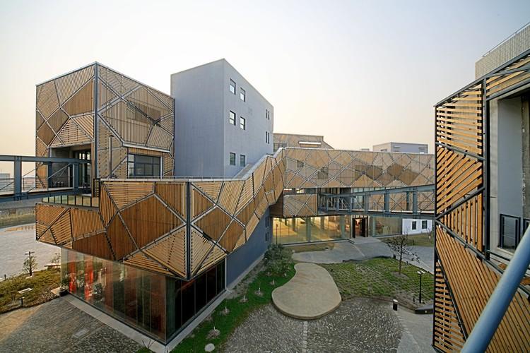 Pequeño Centro de Exhibiciones Jia / SKEW Collaborative, Cortesía de SKEW Collaborative