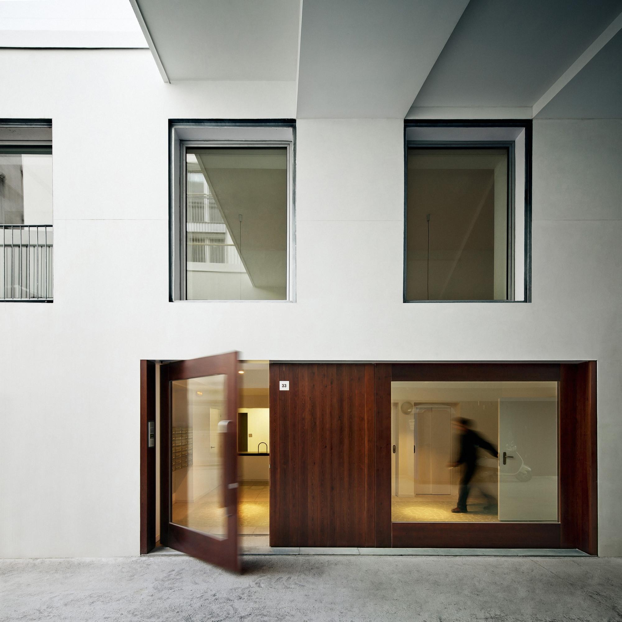 127 Subsidized Dwellings in Barcelona / Bru Lacomba Setoain, © Jordi Surroca