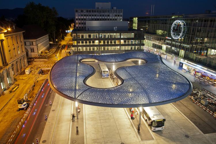 Aarau Bus Station Canopy / Vehovar & Jauslin Architektur, © Niklaus Spoerri