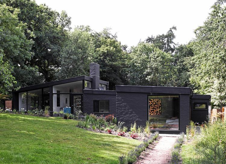 Claro en el Bosque / Takero Shimazaki Architecture  + Charlie Luxton, © Edmund Sumner