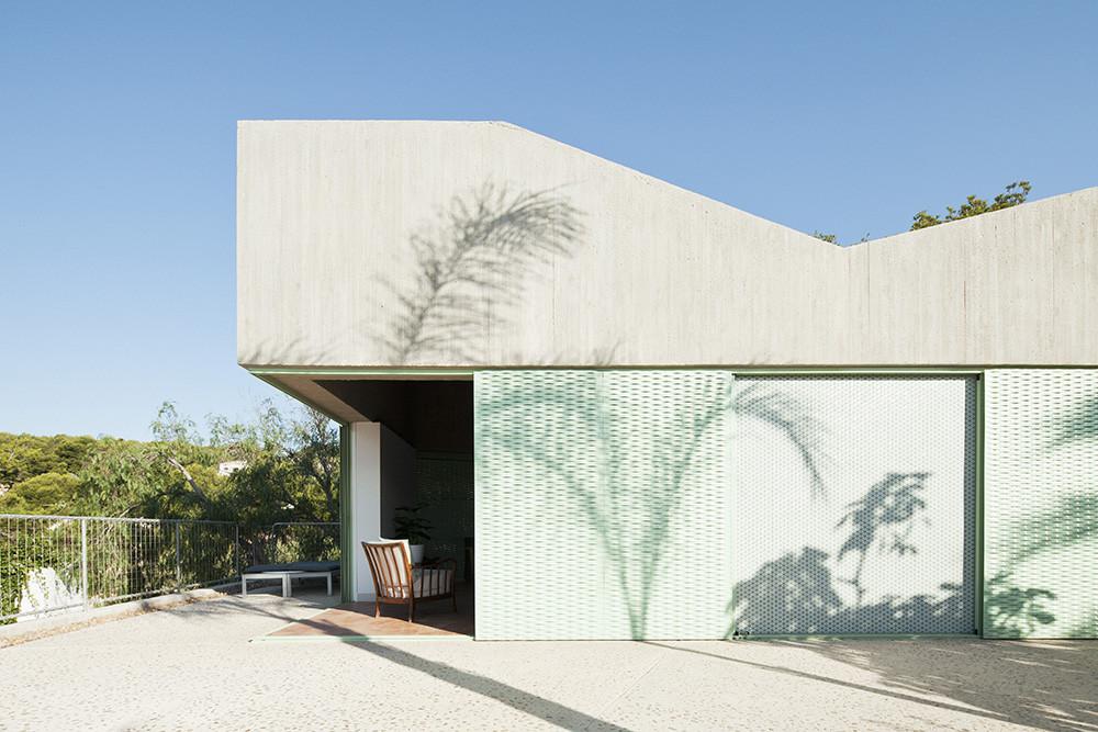 Gallery of baladrar house langarita navarro arquitectos 12 - Arquitectos en alicante ...