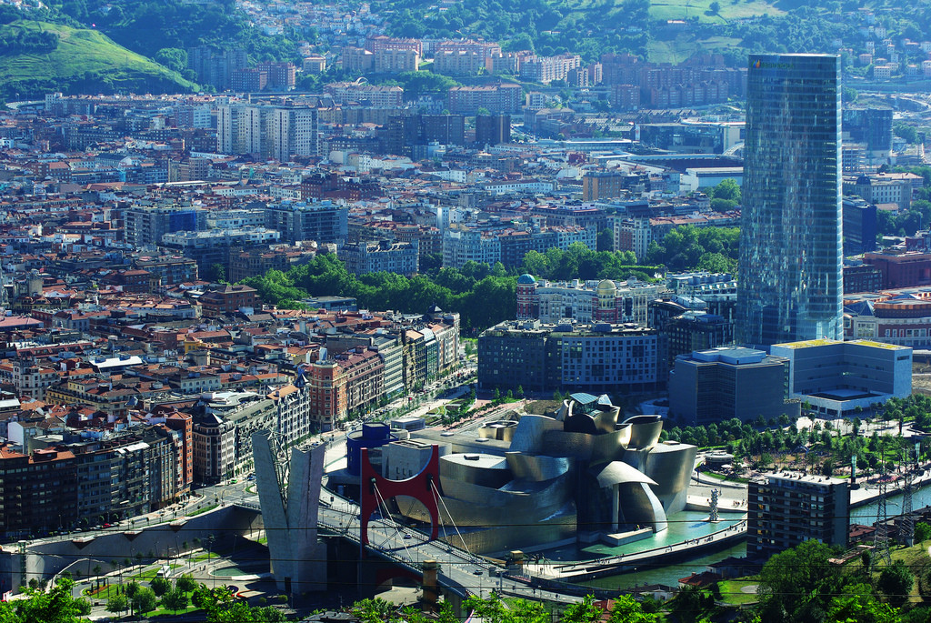What the Guggenheim Should Consider Before Building in Helsinki , The Guggenheim Museum Bilbao / Frank Gehry. Image © Flickr User: Iker Merodio