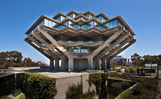 Geisel Library at UC San Diego, designed by William Pereira. Image © Darren Bradley