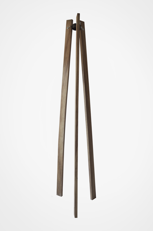 Macetero vertical. Image Courtesy of Atelier ARS°