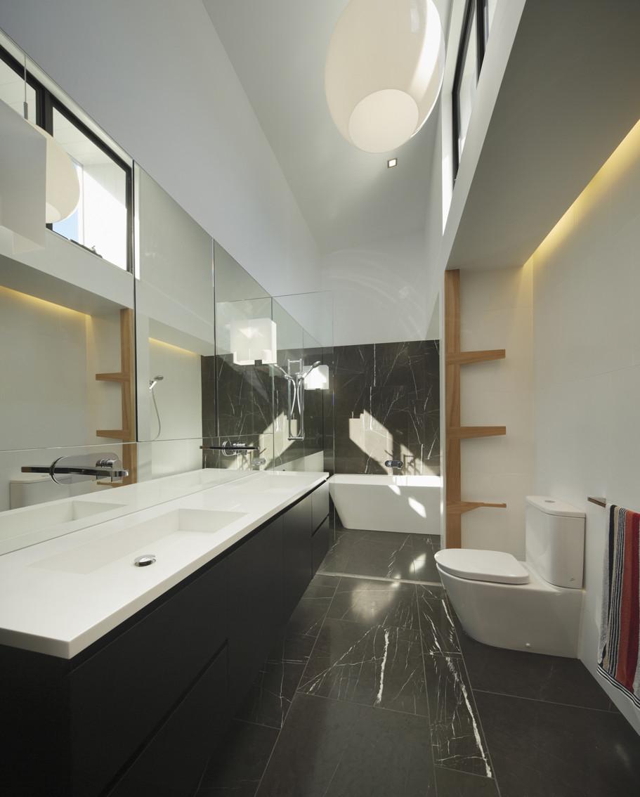 wildenstreet  : architecture bathroom toilet