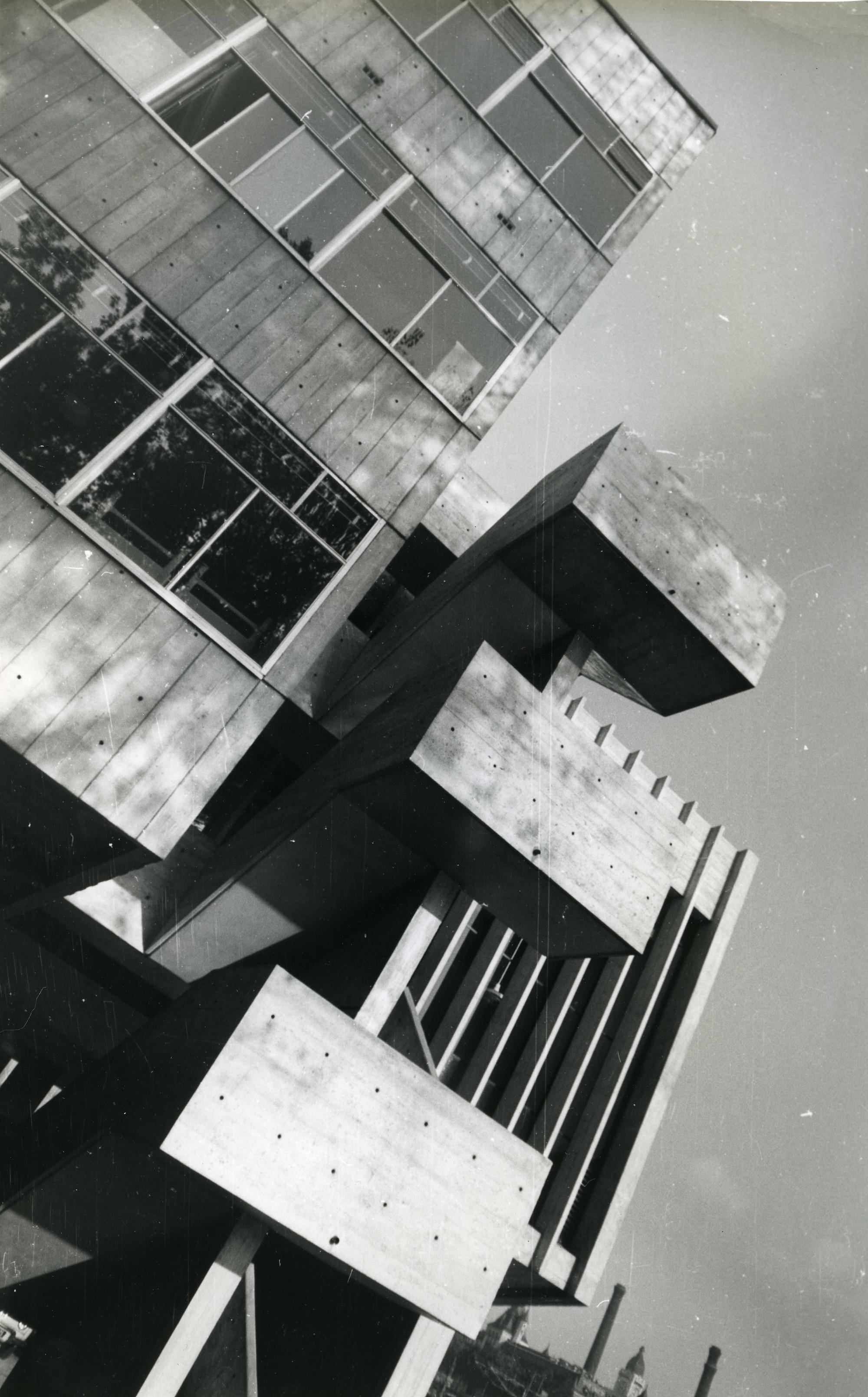 Gallery of maison de la batellerie jean baptiste for Architecture de maison