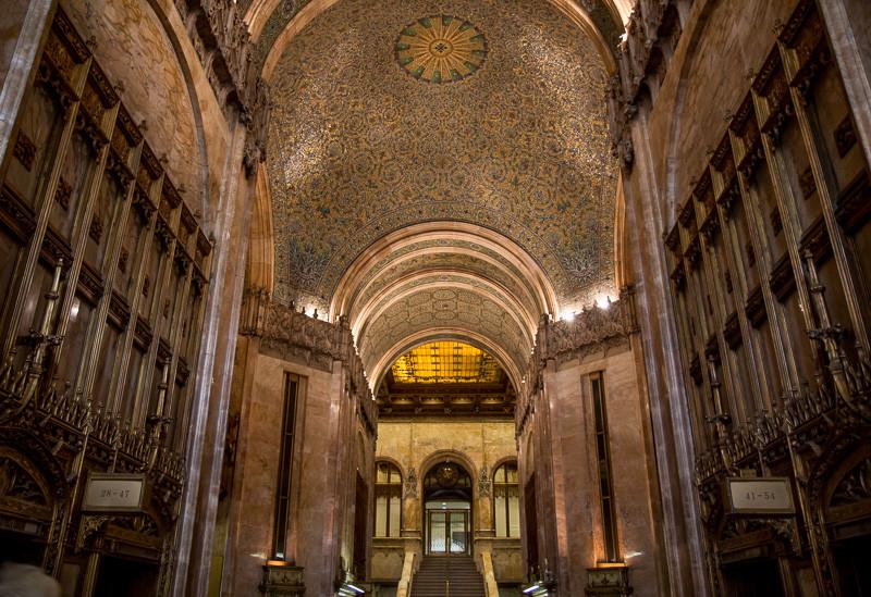 View into lobby. Image © Bob Estremera