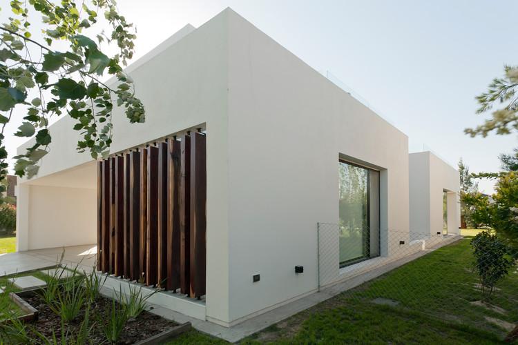 Cortesía de VismaraCorsi Arquitectos