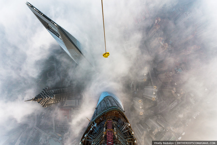 View of the Shanghai World Financial Center from the Shanghai Tower. Image © Vitaliy Raskalov, ontheroofscom@gmail.com