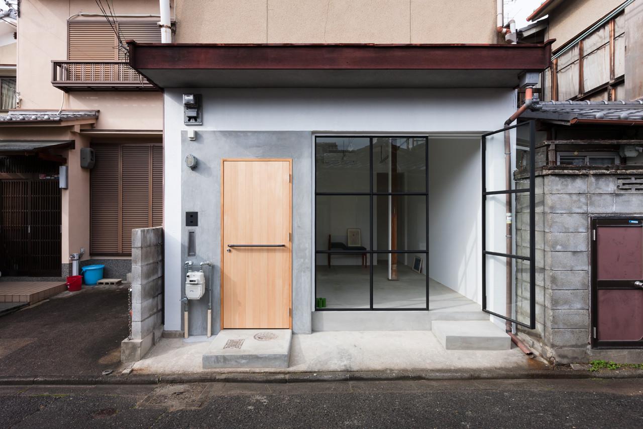 © shinkenchiku-sha