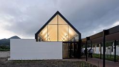 Escuela Internacional de Hout Bay / Luis Mira Architects + StudioMAS + Sergio Aguilar