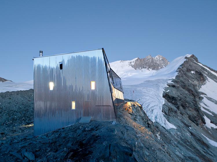 Nuevo Refugio de Montaña Tracuit / Savioz Fabrizzi Architectes, © Thomas Jantscher