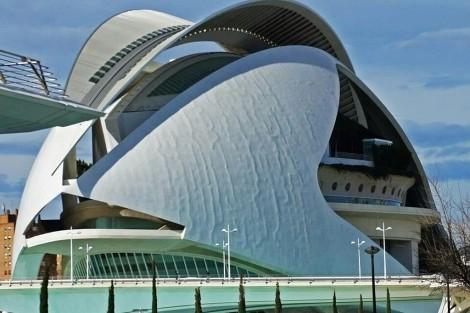 Could a Lick of Super Strong Carbon Paint Fix Caltrava's Palau de les Arts?, El Palau de les Arts Reina Sofia