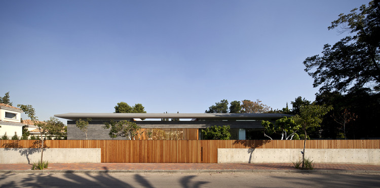 Float House / Pitsou Kedem Architects, © Amit Geron