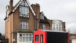 Richard Rogers' Pre-Fab Y-Cube Takes on UK Housing Crisis