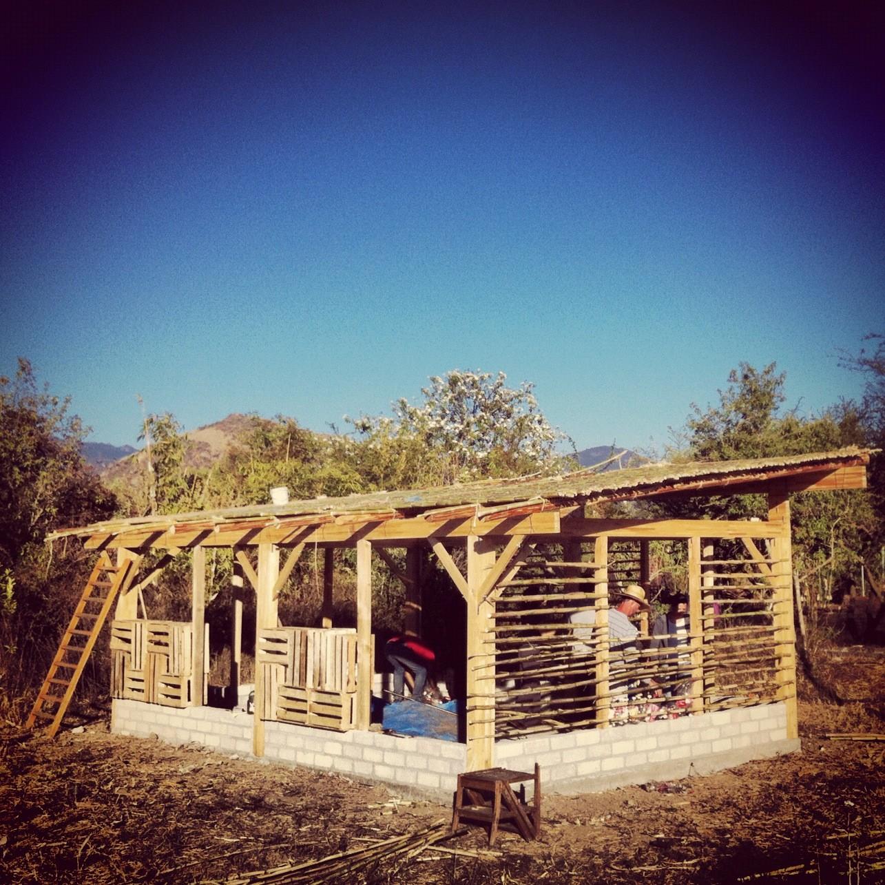 Arquitectura mexicana, social y sustentable por Laboratorio Arquitectura Básica Mx, Cortesía de LABMx