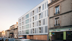 11 Social Housing Units / Zoomfactor Architectes