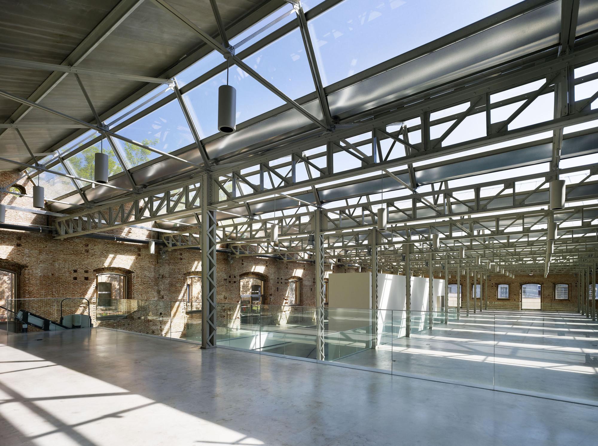 Dao 237 Z Y Velarde Cultural Center Rafael De La Hoz Archdaily