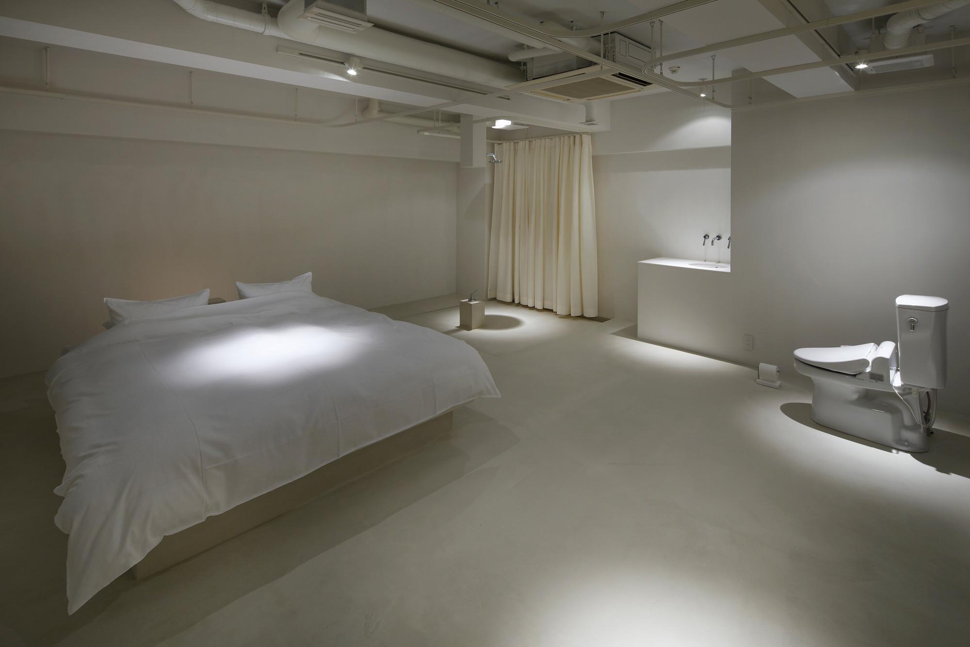 Gallery of room 211 hotel t 39 point mifune design studio 6 for Design hotel osaka
