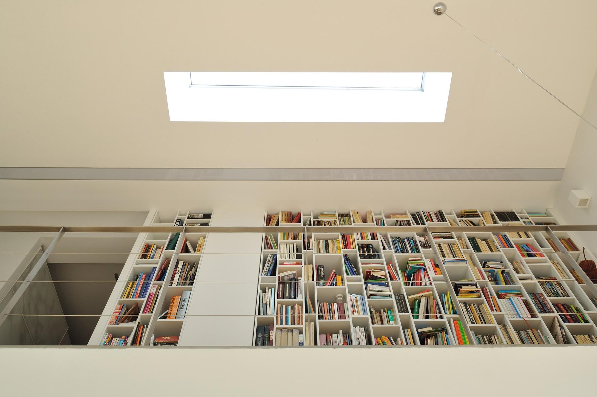gallery of black cube house kameleonlab 16. Black Bedroom Furniture Sets. Home Design Ideas