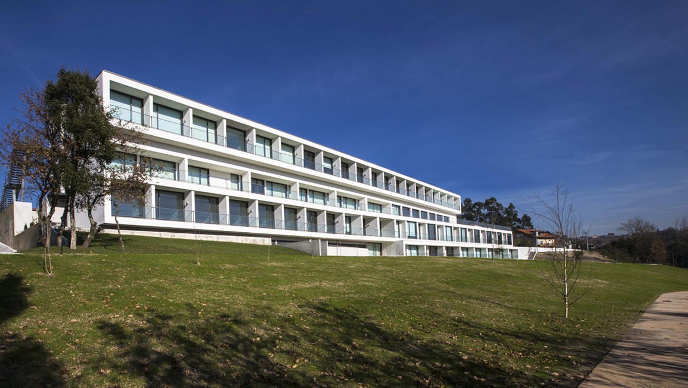 Elderly residential building atelier d 39 arquitectura j a - Atelier arquitectura ...