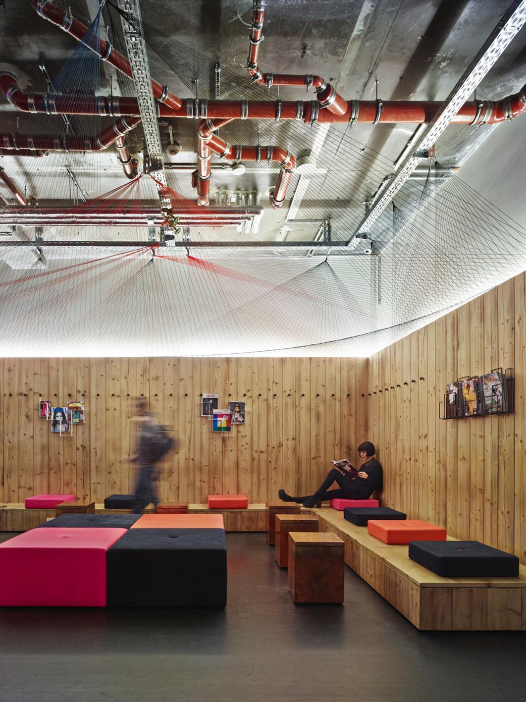 gallery of generator berlin mitte ester bruzkus. Black Bedroom Furniture Sets. Home Design Ideas