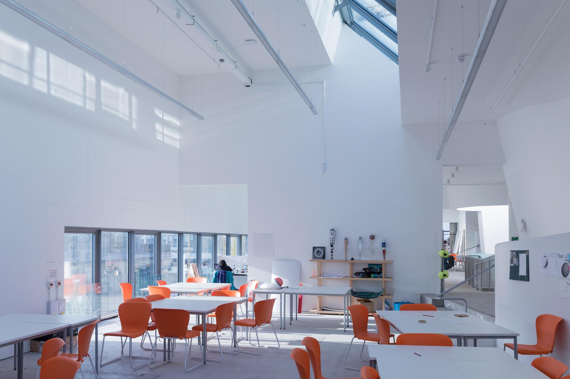 Seona Reid Building Steven Holl Architects