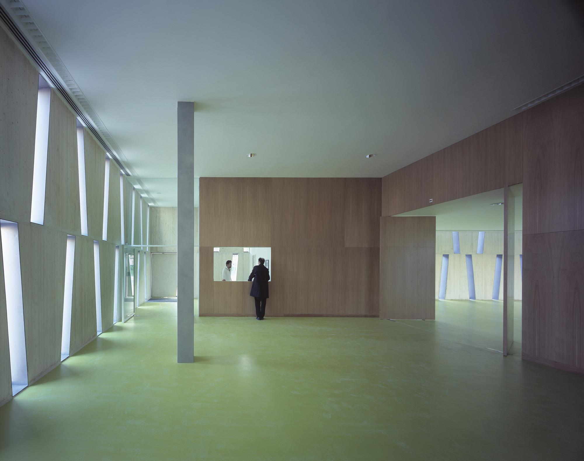 Gallery of comisar a provincial de albacete matos - Arquitectos albacete ...