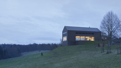 The Black Barn / Arhitektura d.o.o.