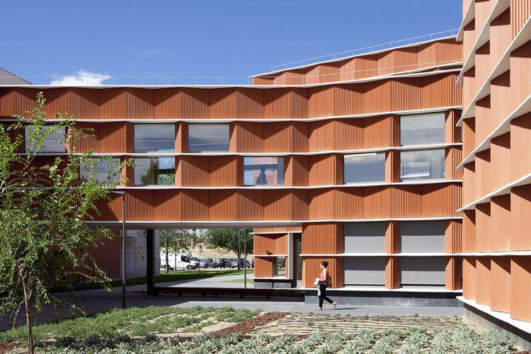 Edificio Carmen Martin Gaite e / Estudio Beldarrain, © Francisco Berreteaga