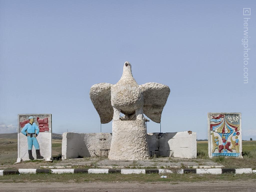 Karakol, Kyrgyzstan. Imagen Cortesía de herwigphoto.com