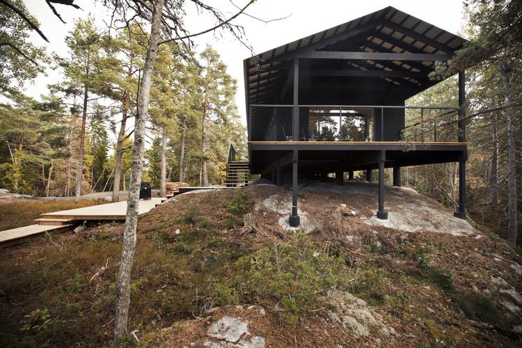 Casa de descanso en Vindö / Max Holst, © Hannes Söderlund
