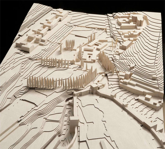 Wood model of the Alhambra territory by Álvaro Negrello, Dimension 1:500. Image © Alvaro Siza Vieira + Juan Domingo Santos; Rendering by LT Studios