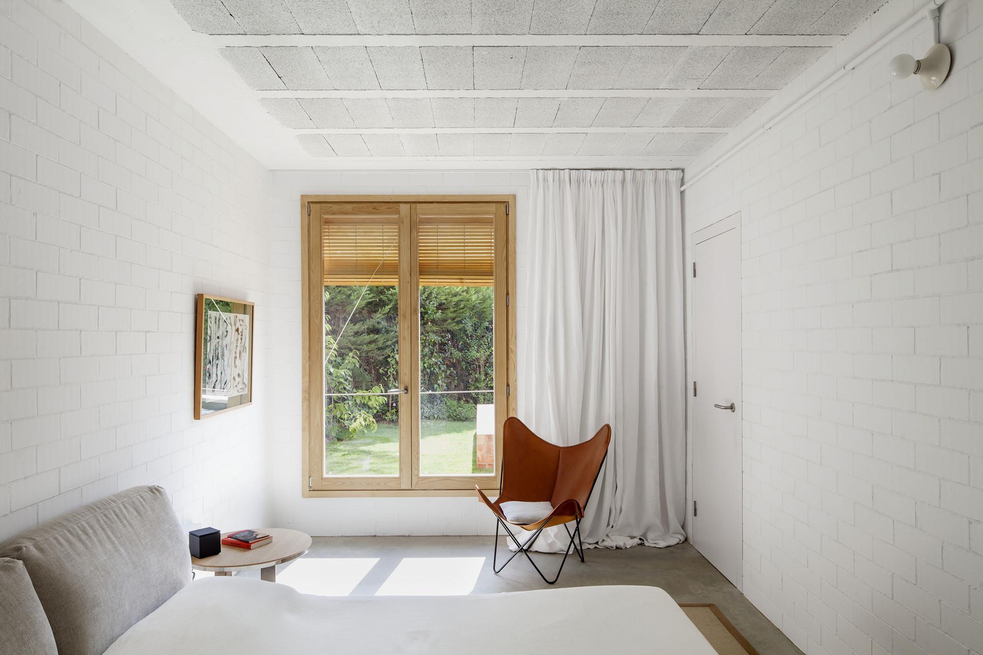 Casa 1101 / H Arquitectes . Image © Adrià Goula