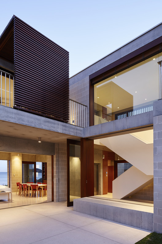Block house porebski architects archdaily for Block homes