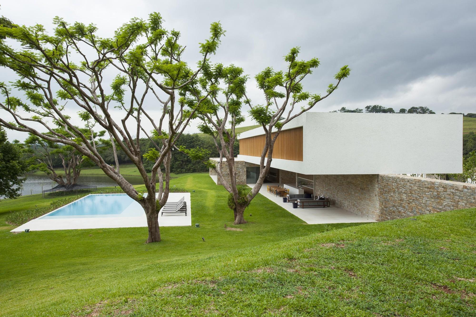 Itatiba Residence / RoccoVidal P+W, © Tuca Reinés