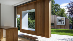 Cut and Frame  / Ashton Porter Architects