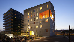 Energy neutral youth housing at the Port of Aarhus / CUBO Arkitekter + TERROIR