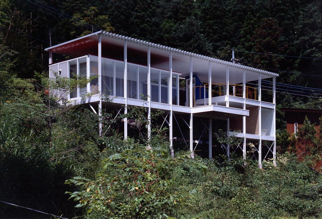 House Of Double Roof. © Hiroyuki Hirai