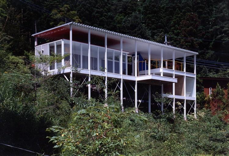 House Of Double Roof. Image © Hiroyuki Hirai