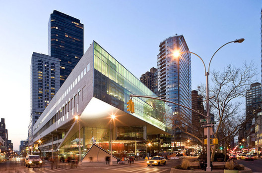 Alice Tully Hall Lincoln Center / Diller Scofidio + Renfro Architects with FXFOWLE (Click image for more). Image © Iwan Baan